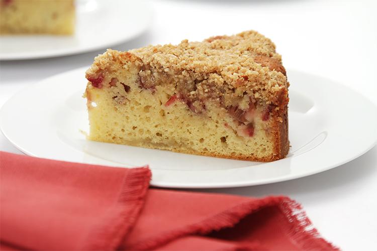 Rhubarb and oat crumb cake with fresh ginger
