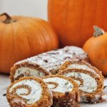Chocolate Stracciatella Cream Cheese Pumpkin Roll: Recipe and Tips for a Crack-Free Cake!