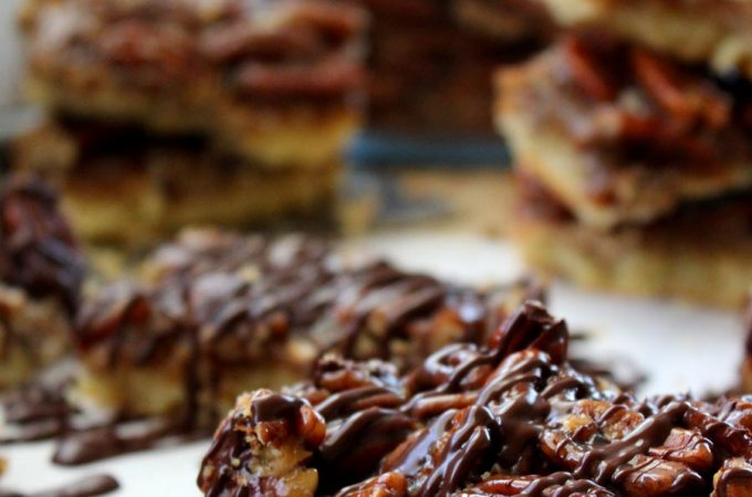 Decadent Chocolate Drizzled Pecan Pie Bars Recipe