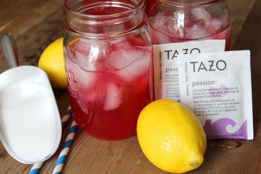 Copycat Starbucks Passion Tea Lemonade - 5 minutes to have this refreshing drink!