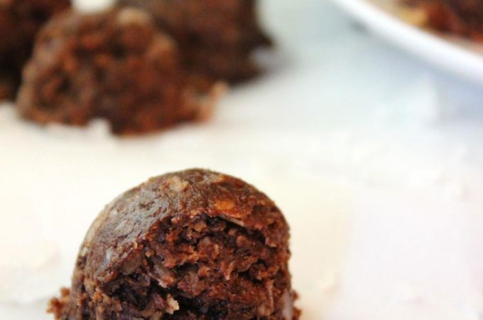 Healthy Almond Joy Energy Bites Recipe