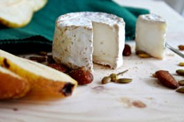 Crudges Cheese at Chipping Norton Farmers Market