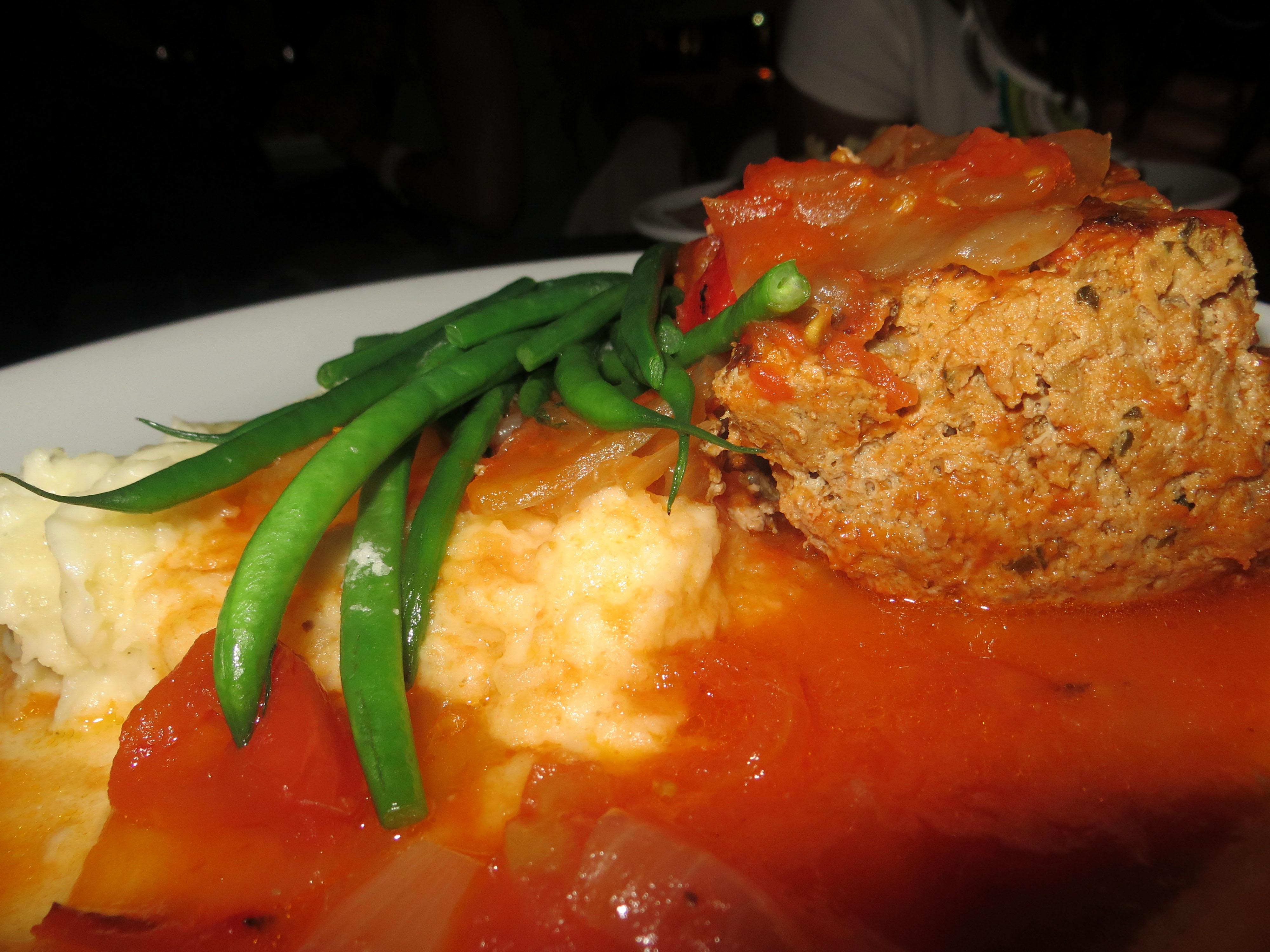Cafeteria meatloaf