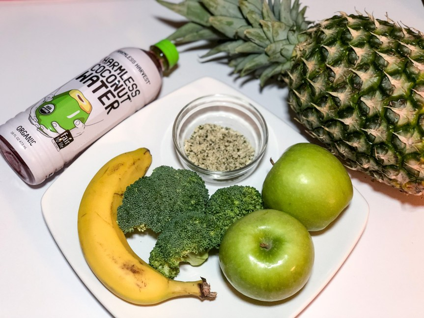 Broccoli and Pineapple Smoothie