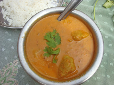 paruppu urundai kuzhambu,lentil dumpling stew