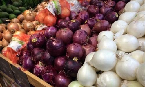 普通の玉ねぎと紫玉ねぎ 栄養面などで違いってあるの!?