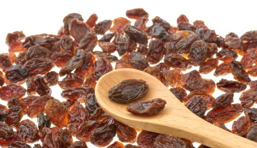 レーズンの健康効果 1日何粒食べたら得られるの!?
