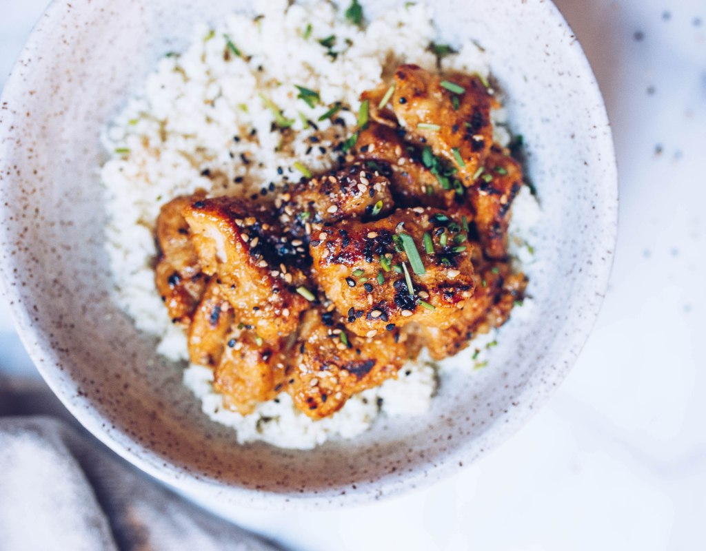 Paleo Crispy Sesame Chicken with Cauli Rice