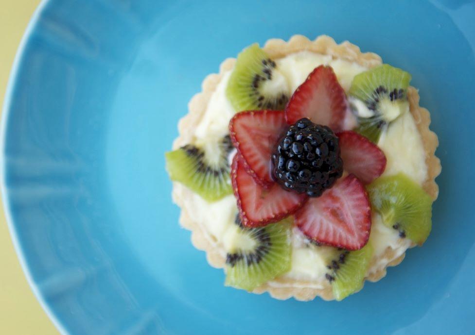 Late Summer Fruit Tart - Toki Lee photography