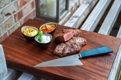 Dips & Steaks