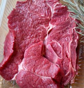 stew meat (runderriblappen) beef