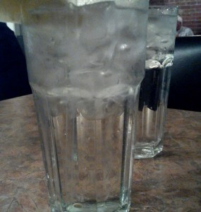 free tap water with ice in US restaurant