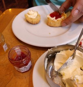 clotted cream and scones