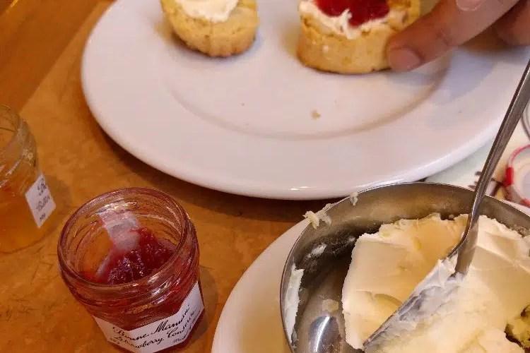 clotted cream and scones