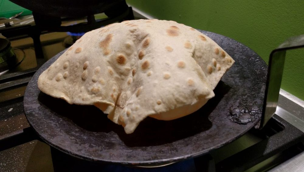 Making chapati – And why they puff up