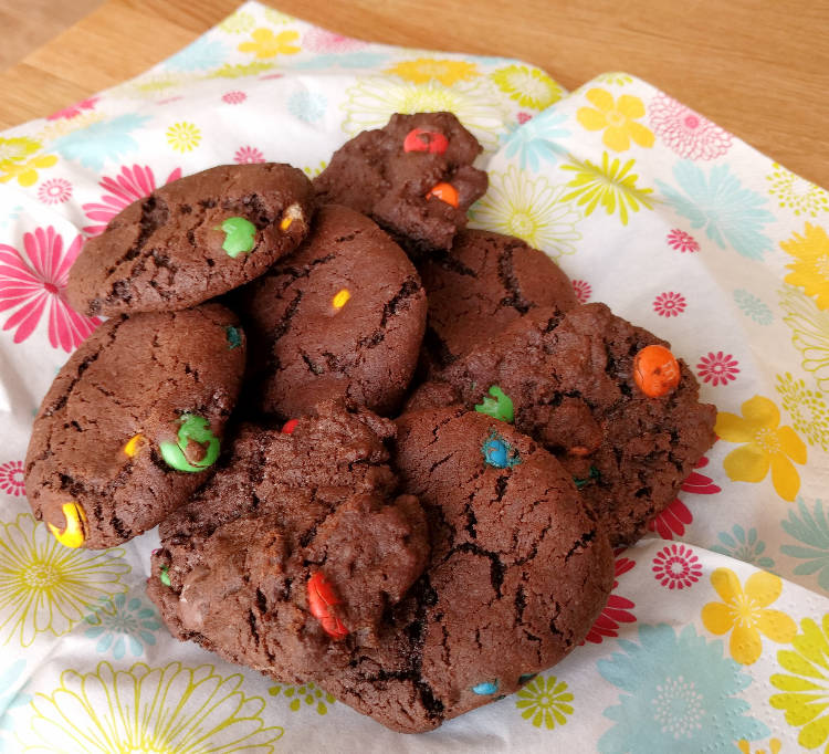 Baking cookies – The best way to cool cookies (and why)