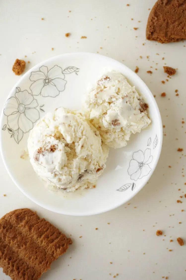 Bastognekoeken ice cream with just 3 ingredients