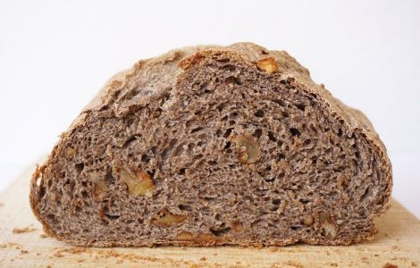 cross section of buckwheat walnut bread