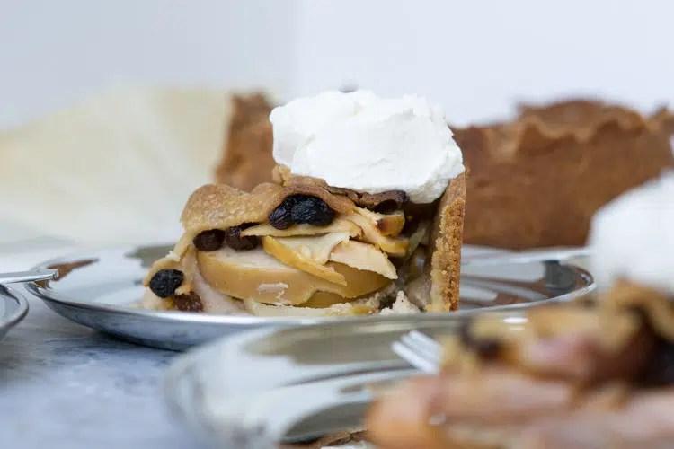 apple pie slice - bland harder apples