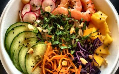 Poke Bowl crevettes et petits légumes