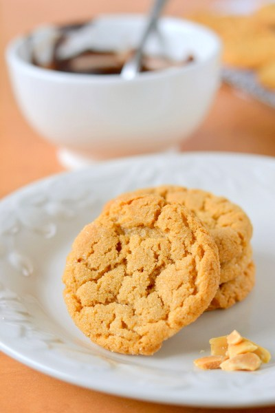 chocolate-dipped-flourless-peanut-butter-cookies-8