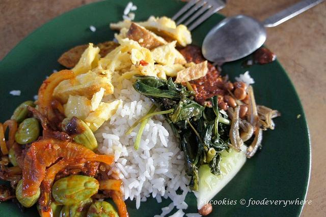 4.Nasi Lemak Ujong Pasir (Melaka)