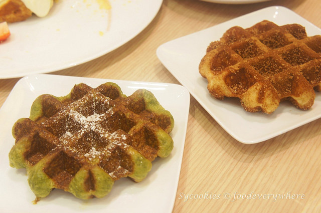 6.But know that they pull things off with waffles alone, satisfying bites without toppings are always a good choice
