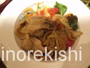 米どころん銀座三丁目店トマトと豚の洋風生姜焼き定食12