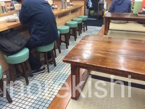 亀戸餃子本店日本一世界一美味しい人気有名行列ビール2
