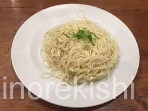 神田博多豚骨たかくら日本橋室町店替え玉無料濃厚スープ16