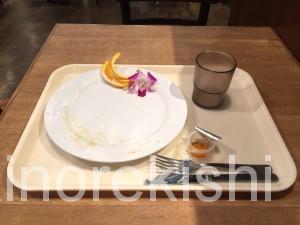 秋葉原ヨドバシAKIBAラーブフードマーケットハワイアンパンケーキメガ盛りフードコート23