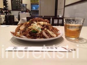 品川区五反田デカ盛り中華料理梅林めいりん肉ソース焼きそば大盛り2