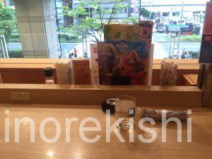 錦糸町カフェ喫茶店コメダ珈琲店クリームソーダ巨大みそカツサンドデカ盛り居心地電源人気有名