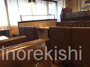 上野メガ盛りパンケーキ珈琲家珈琲屋特製ホットケーキダブルデカ盛りブレンドコーヒー東上野茅場町10