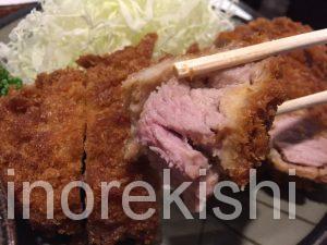 新線新宿デカ盛り豚珍館とんちんかん巨大とんかつ定食大盛りご飯おかわり自由有名人気美味しい豚汁3