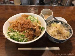 武蔵小杉デカ盛りつけめんtetsuまぜそば大盛りつけ麺二郎インスパイアメニュー進撃の歴史24