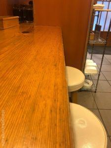 とんかつまるや新橋烏森口店厚切りロースかつ定食メニューご飯大盛り味噌汁おかわり自由デカ盛り進撃の歴史11