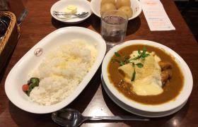 デカ盛り欧風カレーボンディ神保町本店魚介カレー大盛りチーズメニュー進撃の歴史4
