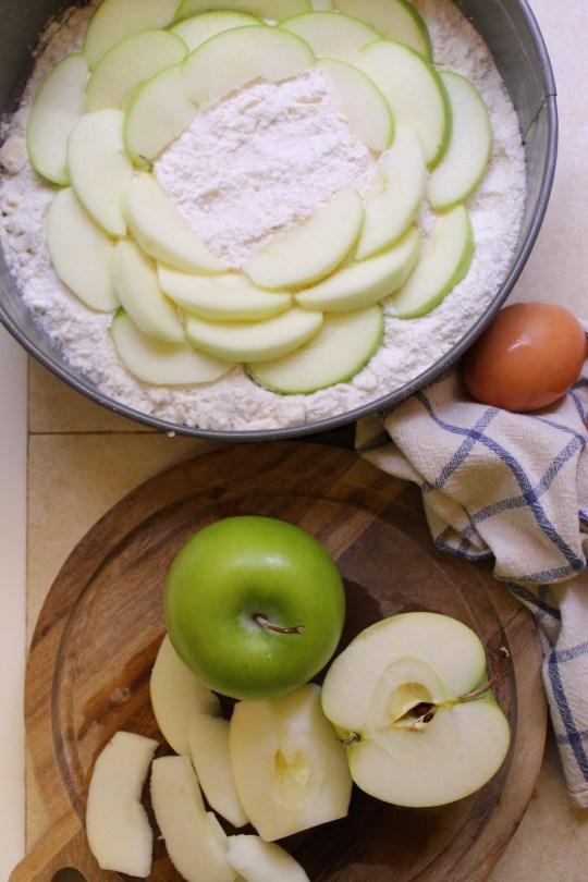 apple-custard-crumb-cake-crust-prep