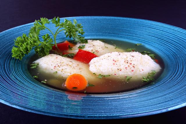 Romanian Dumpling Soup