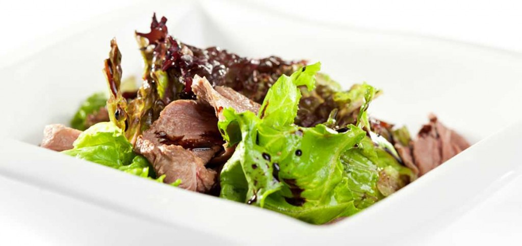 cool-and-spicy-duck-salad