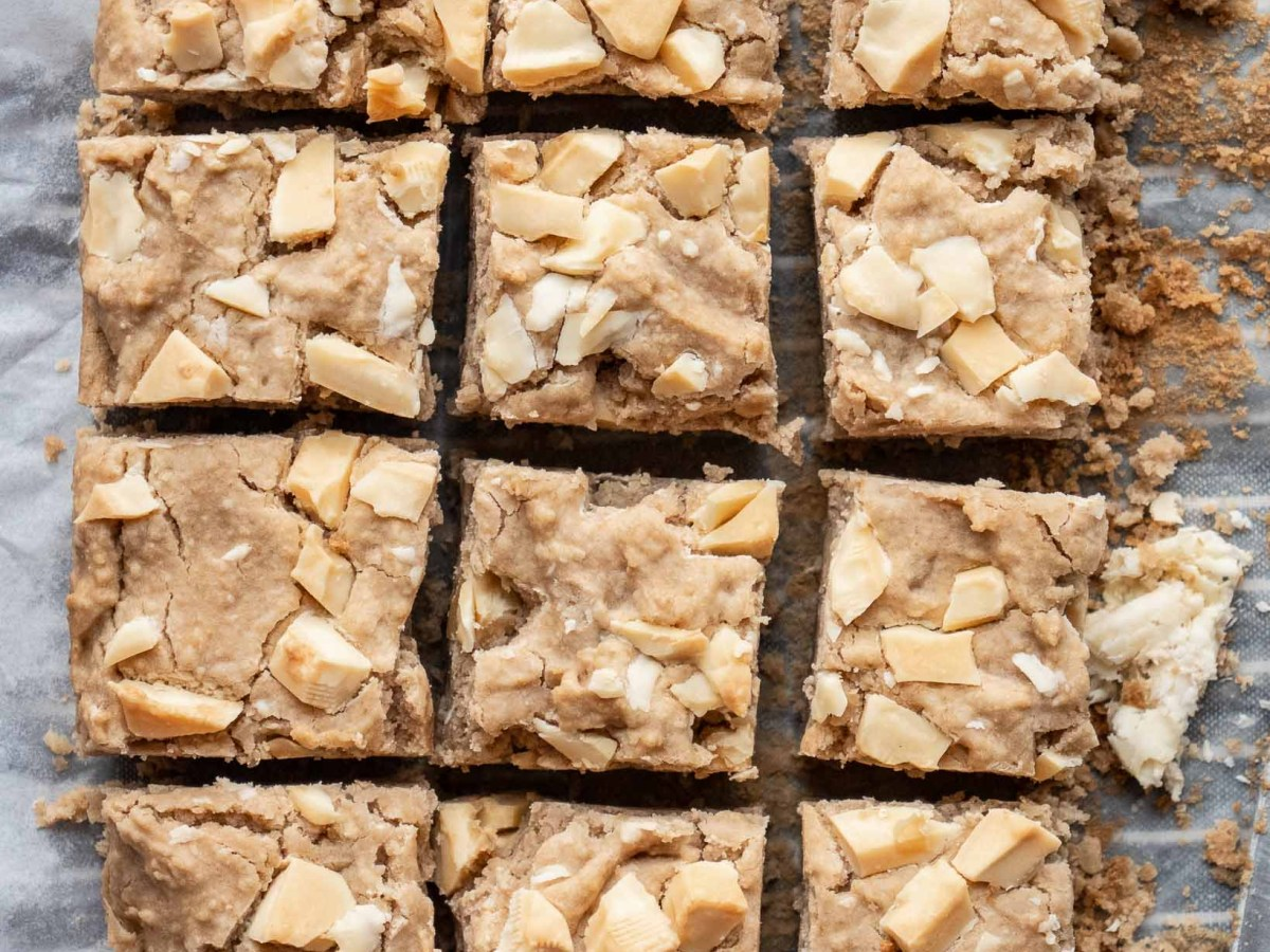 batch of white chocolate chicpea blondies studded with white chocolate chunks
