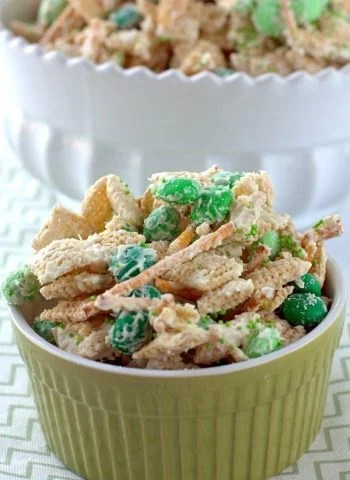 Leprechaun Bait Chex Mix in a small bowl