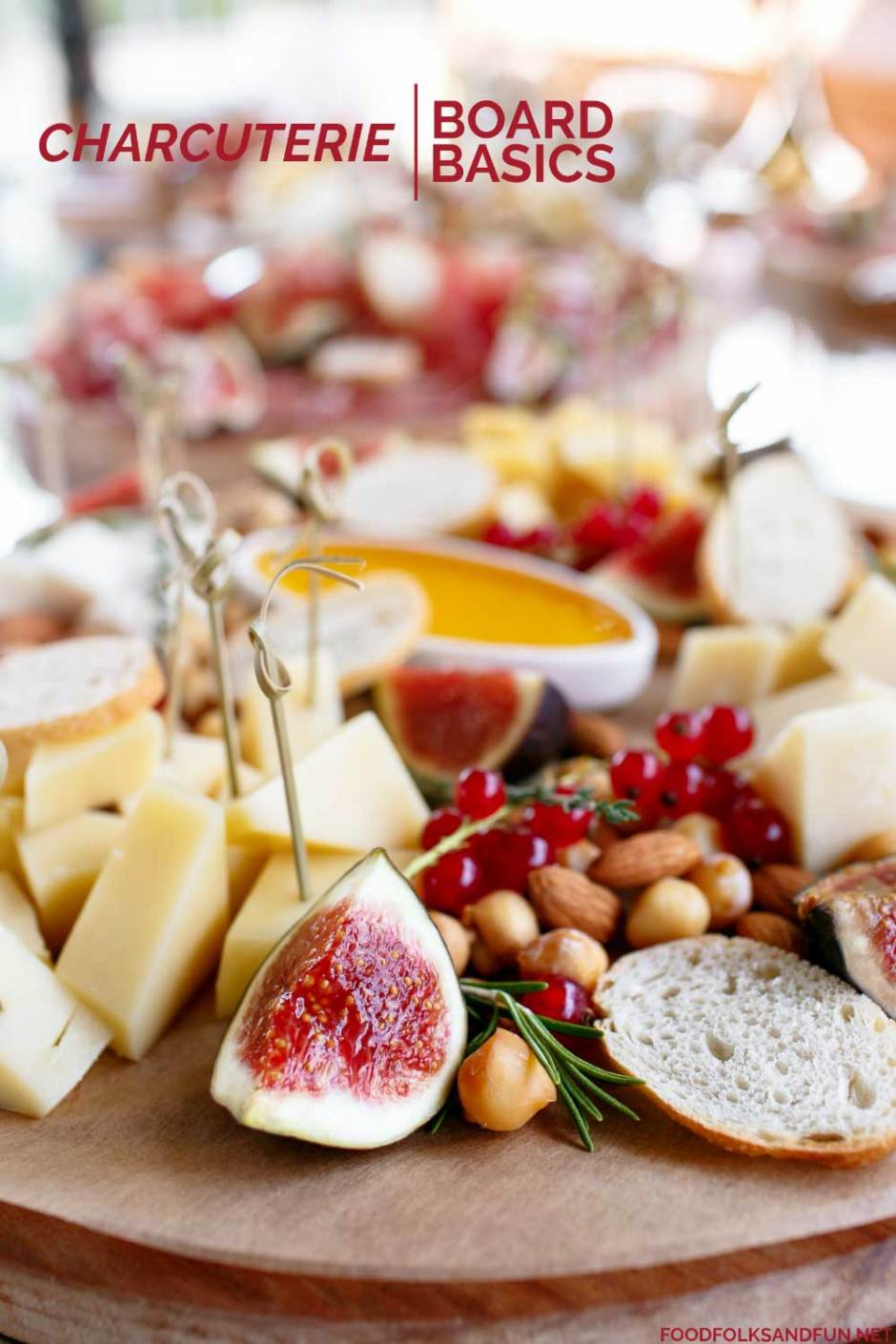 A lovely charcuterie board for the holidays.