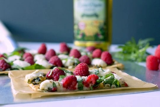 Raspberry and Ricotta Flatbread 3