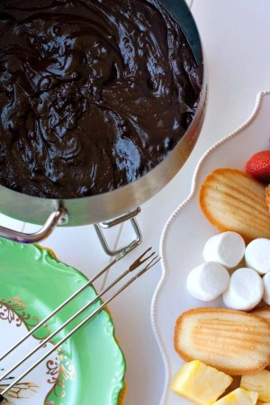 Chocolate Fondue 3