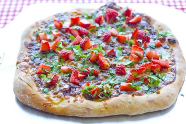 Strawberry Pizza with Bacon