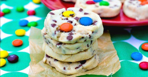 Chocolate Chip Shortbread Cookie - FB