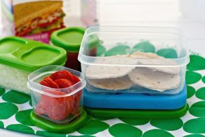 Lunch Box Pizza - Your kids will love these mini pizzas at lunchtime. They're easy to prepare and so fun! #BloxOff