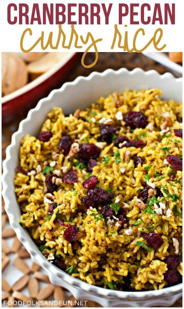 This Cranberry-Pecan Curry Rice is full of Fall flavors and soul-warming curry! Serve it for a weeknight dinner or on Thanksgiving! via @foodfolksandfun